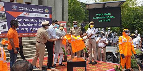 Rewarding the service of Bengaluru Traffic Police
